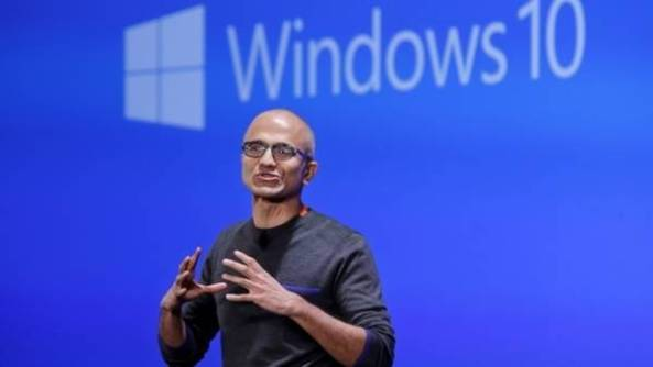 Prensentación en Redmon. Satia Madella, el CEO de Microsoft, revela los detalles del nuevo Windows.