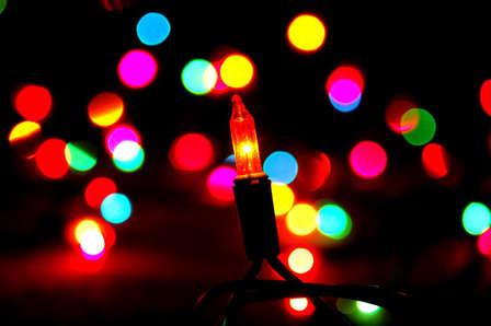 Si en diciembre, tu conexión WiFi se ve ralentizada, sabrás que puedes culpar a las luces de tu árbol de Navidad o de tu hogar.