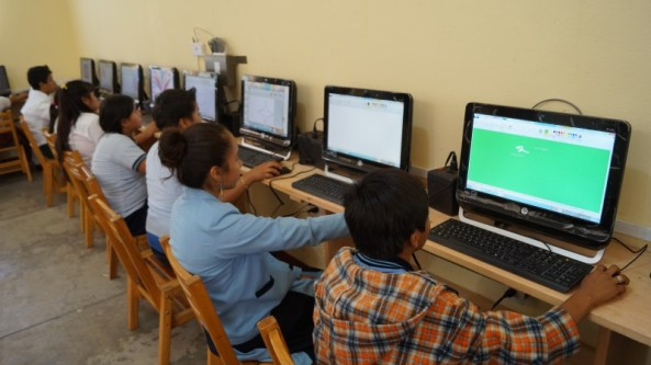 Niños-computadoras