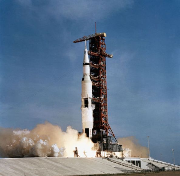 Saturn V SA-506 and Apollo 11 moments after ignition.